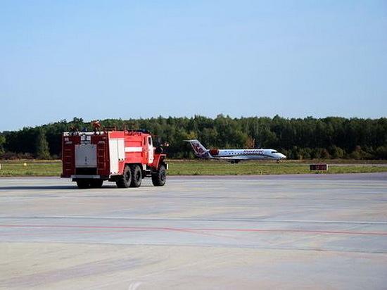 Самолет из Воронежа в Санкт-Петербург вылетел после трехчасовой задержки