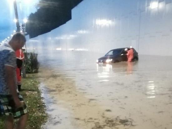 Мощные ливни стали причиной схода селей в окрестностях Сочи