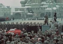 Сергей Лозница показал в Венеции похороны Сталина