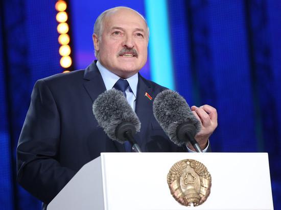 Лукашенко пригрозил России забрать транзитные нитки нефтепровода