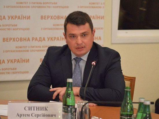 На Украине главный борец с коррупцией попался на элитном отдыхе