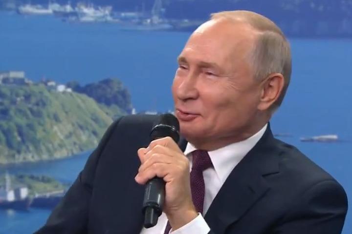 Если Сталин для Путина папаша, то кто он сам?