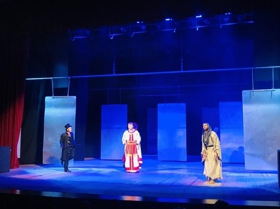 Пьеса «Мастер и Маргарита» прошла на обновленной сцене Железноводска
