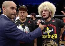 7 сентября в Абу-Даби состоялся турнир UFC 242. Главный бой - поединок россиянина Хабиба Нурмагомедова и американца Дастина Порье за титул чемпиона в легком весе, в котором российский боец одержал очередную победу, сохранив титул и звание непобежденного чемпиона.