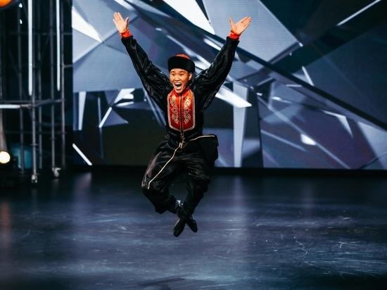 «Лучезарный вы наш!»: Мигель и Егор Дружинин взяли бурятского танцора в «Танцы»