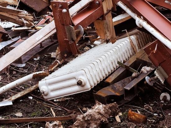 В Бурятии из Детского дома творчества подростки украли 12 батарей отопления