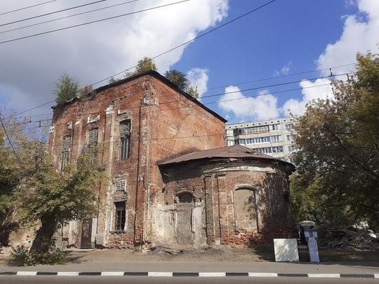 В Туле в заброшенном храме прочли акафист Георгию Победоносцу