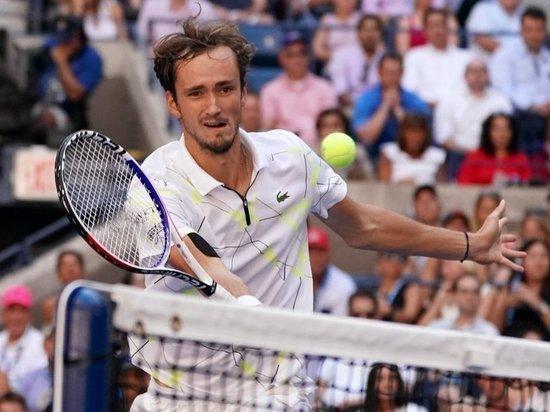 Медведев уступил Надалю в финале Открытого чемпионата США по теннису