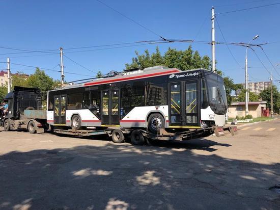 В Краснодар прибыл первый троллейбус с автономным ходом