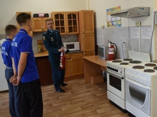 Школьники Югры изучают правила безопасности в учебно-тренировочных классах