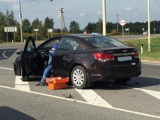В аварии с микроавтобусом под Тулой пострадали десять человек