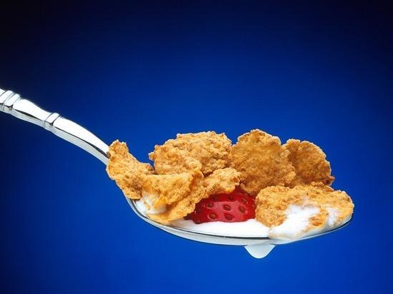Почему ученые считают опасными для детей хлопья на завтрак
