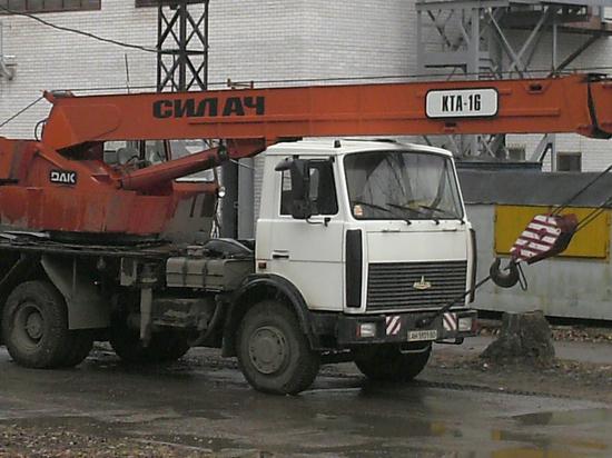 В Новосибирской области судят угонщиков автокрана и самосвала