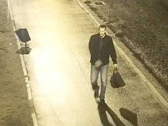 В камеры наблюдения Архангельска попал кретин, ломавший урны на Ленинградском