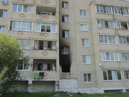 В Сафоново Смоленской области полыхала квартира