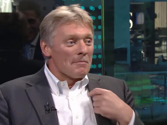 Песков сравнил скорость расследования в отношении оппозиции и полиции