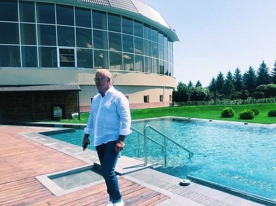 Вячеслав Фетисов отдыхает в Железноводске