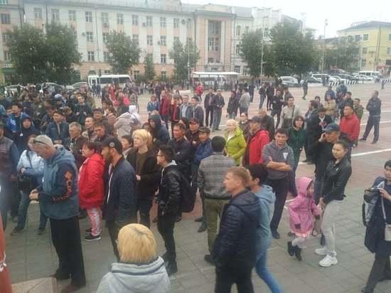Источник: в квартирах организаторов митинга в Улан-Удэ прошли обыски