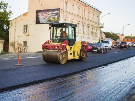 В Смоленске отремонтировали 10 дорожных участков