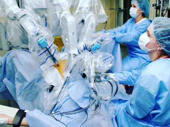 Медицинский робот «Да Винчи» провел юбилейную операцию в краснодарском онкодиспансере