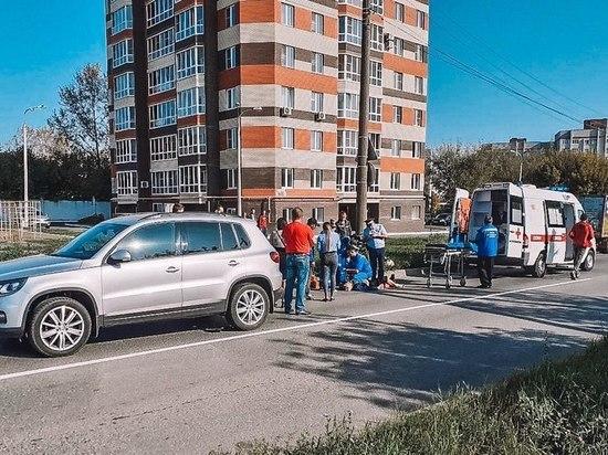 В Новочебоксарске пожилой велосипедист врезался в кроссовер