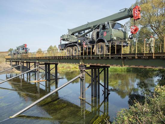 Военные завершили монтаж 6-го моста в Тульской области