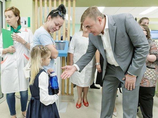 Особое внимание - здоровью и спорту: Алексей Дюмин с рабочей поездкой посетил Щекинский район