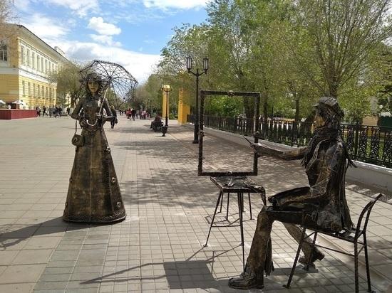 Жители Оренбурга против сноса скульптур на Советской