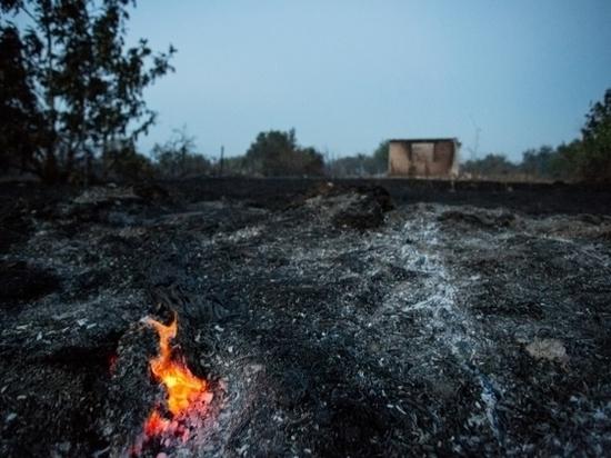 Рано утром в Волгограде сгорел ВАЗ