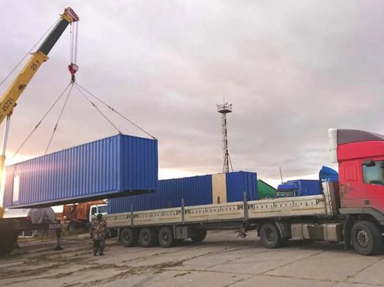 В Тазовский привезли модульный комплекс по заготовке оленины