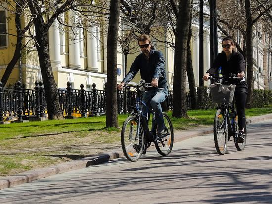 Более половины любителей используют велосипед как аналог московского общественного транспорта