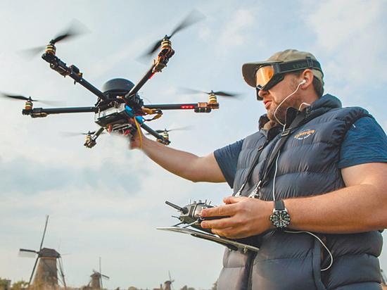 Правоохранители получат право сбивать дроны: кого боится власть