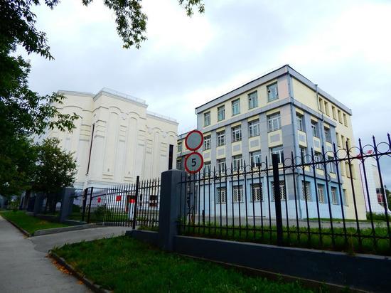 Уволен бессменный директор новосибирской «школы гениев»
