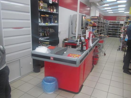 В Первомайском районе молодой человек напал на магазин