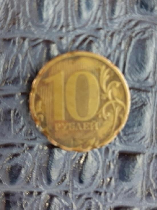 Ярославский кондуктор швырнул в пассажирку деньгами