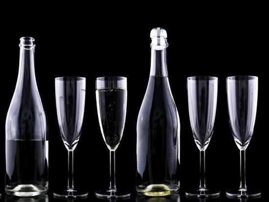 Жители Алтая все чаще умирают от алкогольного отравления