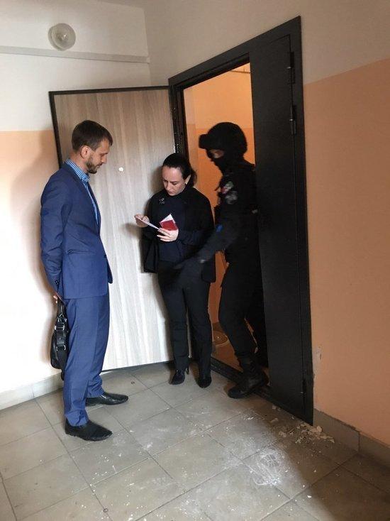 Помощницу бывшего кандидата в мэры Сергея Бойко увезли на допрос