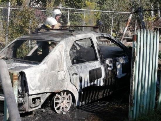 В Калуге после ДТП водитель сгорел в собственной машине