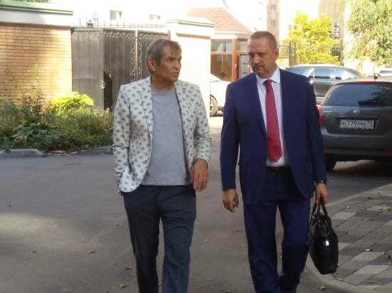 Алибасов в суде откровенно рассказал о болезни: «Ем уже съеденное»