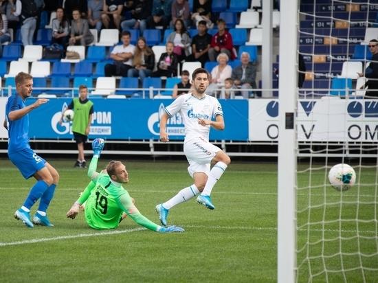 Победы сборной отодвигают назревшие реформы в управлении российским футболом