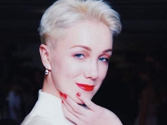 Экс-супруга Богомолова Дарья Мороз показала архивное фото: