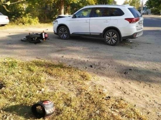 В Волгоградской области мотоциклист пострадал в аварии