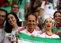 Иранская любительница футбола стала символом борьбы за права после самосожжения
