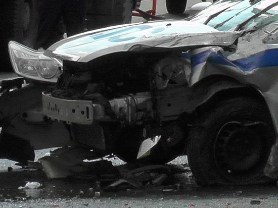 Полицейский начальник устроил крупное ДТП: машину отнесло на десятки метров