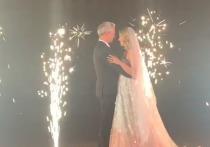 Видео страстного поцелуя Собчак и Богомолова на свадьбе опубликовала Рудковская