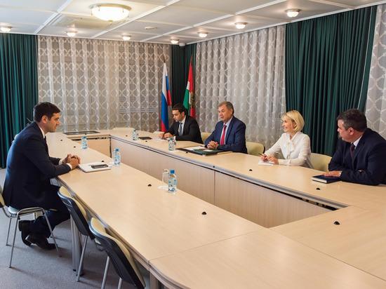 Калуга обсуждает возможности полетов в Черногорию