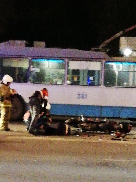 Два мотоцикла столкнулись в центре Екатеринбурга