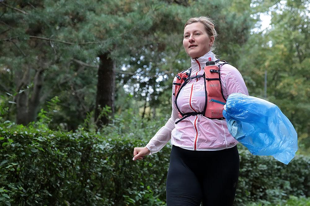 В столичных парках прошли экологические плоггинг-забеги