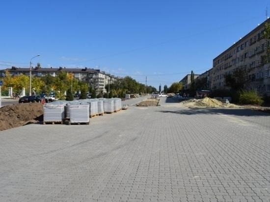 В Волгоградской области завершается строительство «Аллеи любви»