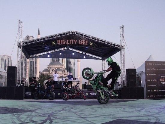 Джефф Монсон выступил на фестивале уличных культур в Грозном